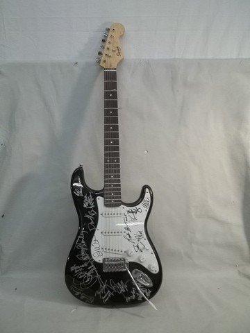278: Fender Bullet-Strat Signed Guitar Worley Band perr