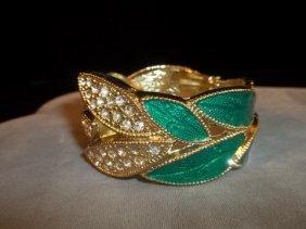 19: Nice Leaf & Rhinestone Bracelet Enameled