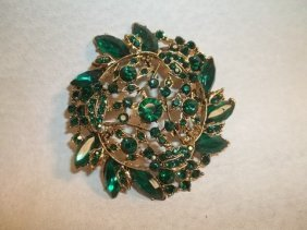 20: Gorgeous Designer Rhinestone brooch