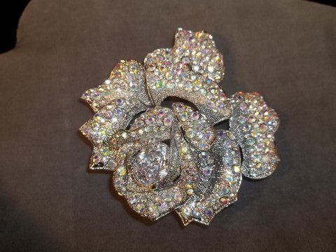 1: Large Rhinestone Flower Brooch