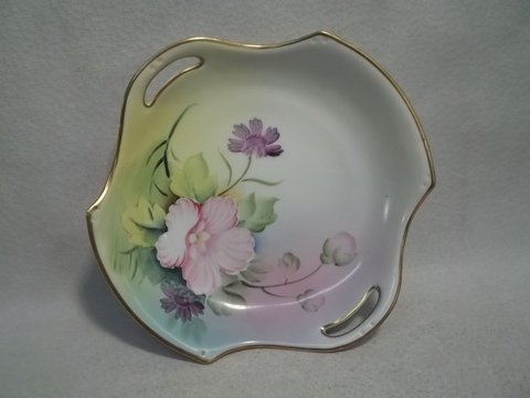 16: Hand Painted Meito China Dish 6 Inch