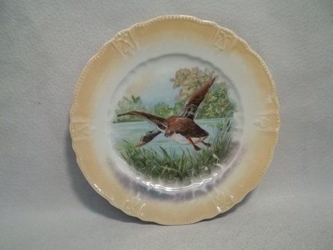 18: Hand Painted Game Plate Germany