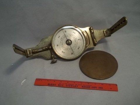 624: 1850s Tiensch Louisville KY Transit Level Compass
