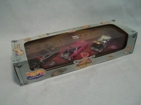 5: Hot Wheels 2000 Hard Rock Café Set MIB
