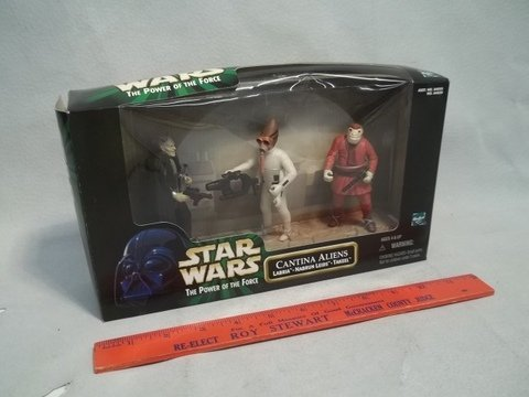 174: 1998 Star Wars Cantina Aliens MISB