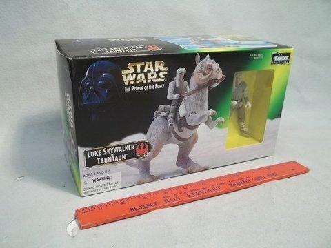 181: 1997 Star Wars Luke & TaunTaun MISB