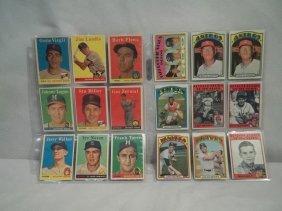 18 Vintage Topps Baseball Cards