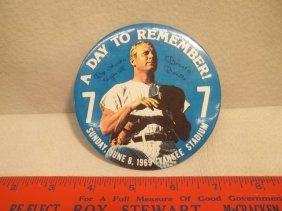 11: 1969 Vintage Mickey Mantle Pinback Button