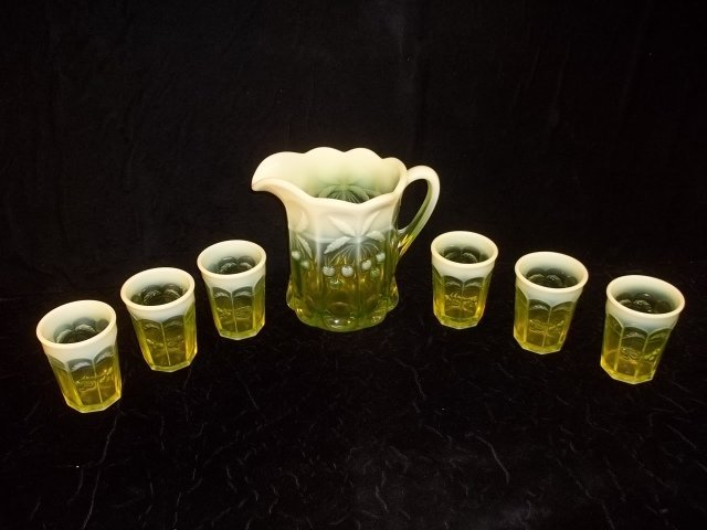 320: Vaseline Cherry Cable Opalescent Pitcher, Glasses - 3