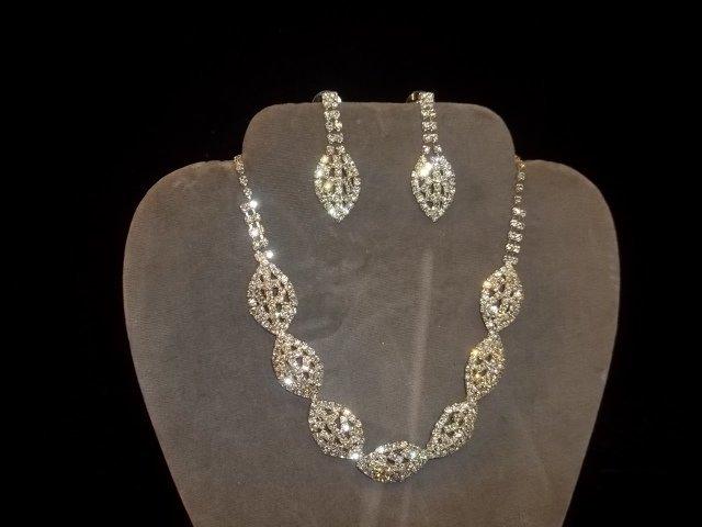 5: Rhinestone Necklace & Earrings