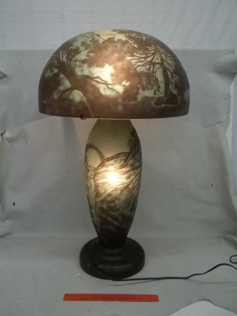 219: Waterfall Contemporary Galle Lamp 34 inch nice