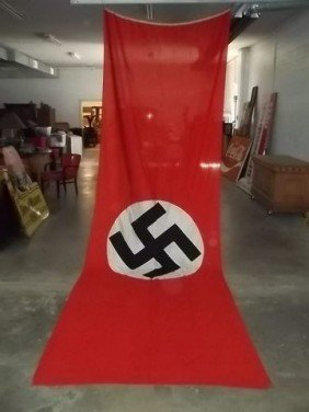 Old Wwii Captured Nazi Flag Signed By Soldiers Lot 0210