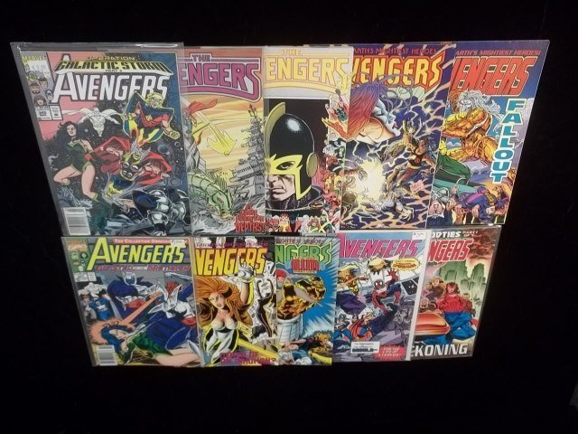 10 Avengers Comic Book Lot VF-NM