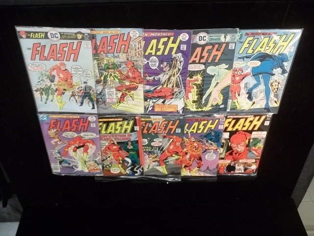 10 1970s Flash Comic Book Lot