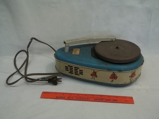 Old Bing Crosby Majorette Record Player