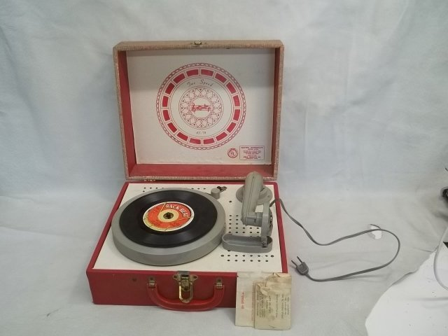 Vintage Spear 2 Speed Electric Phonograph Works