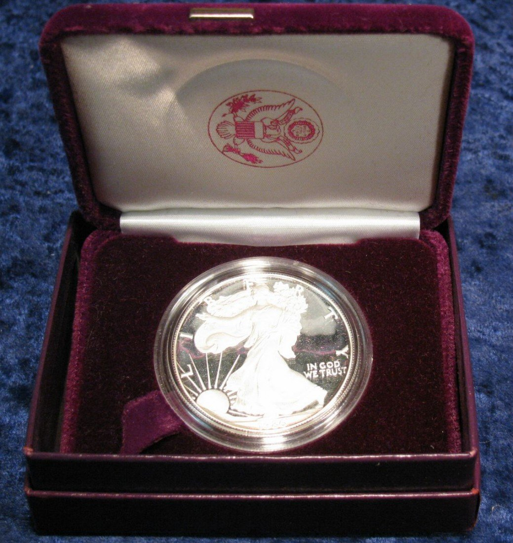 764. 1986 American Eagle Proof Silver Dollar in origina