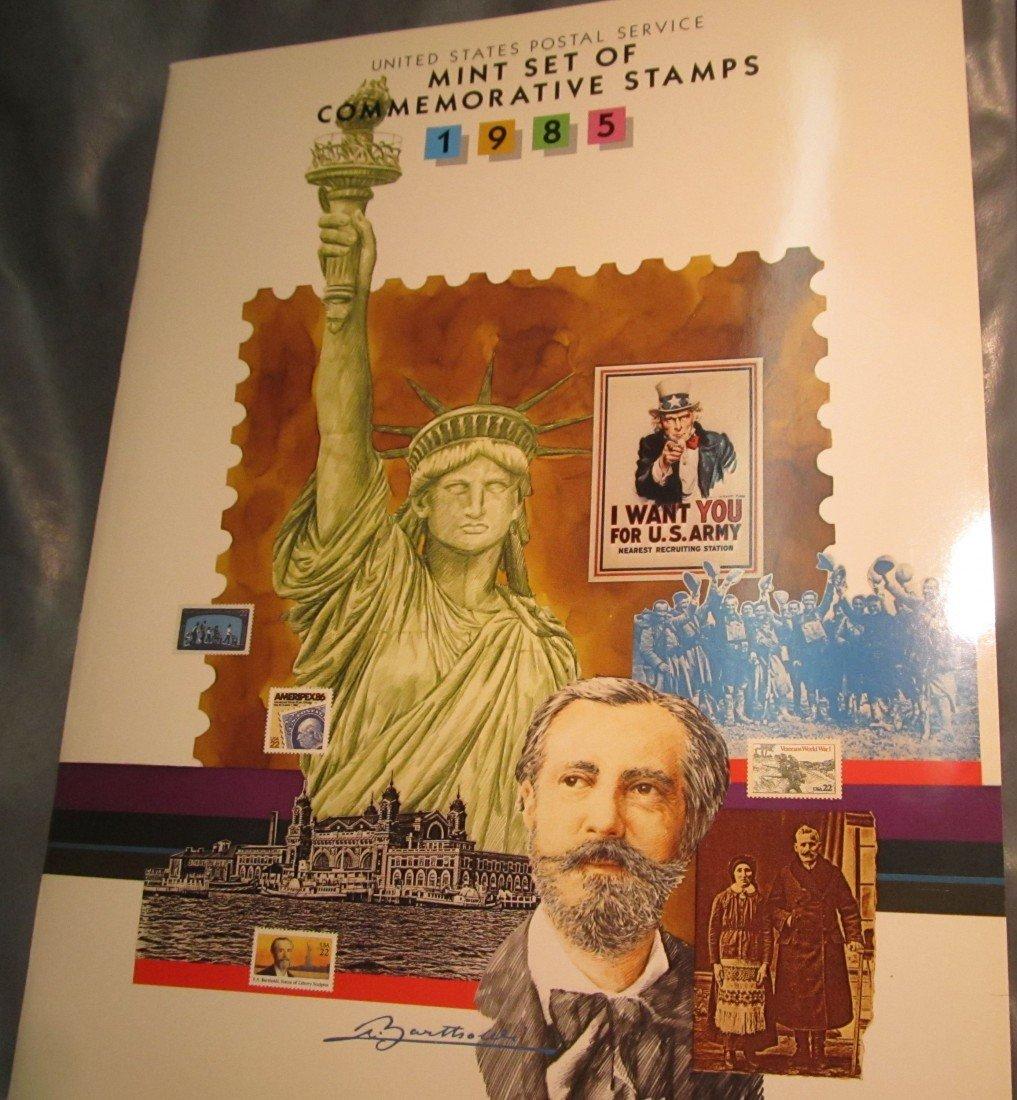 809. 1985 Commemorative Stamp Year Set.