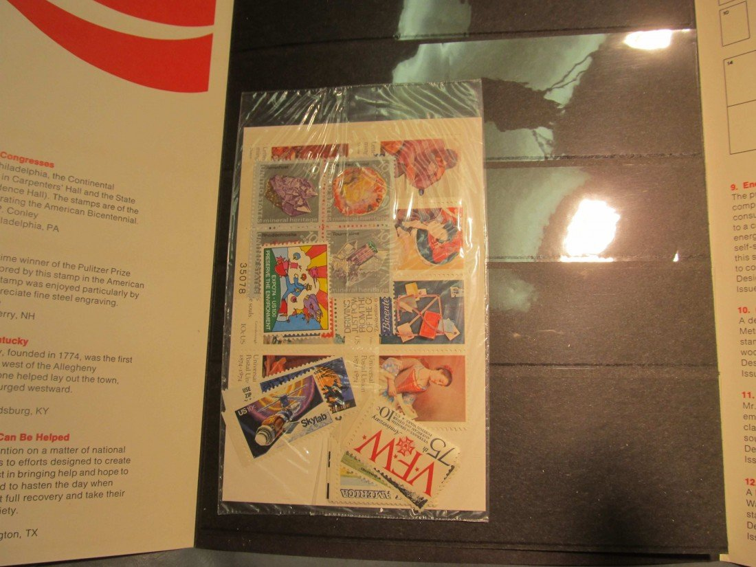 810. 1974 Commemorative Stamp Year Set.