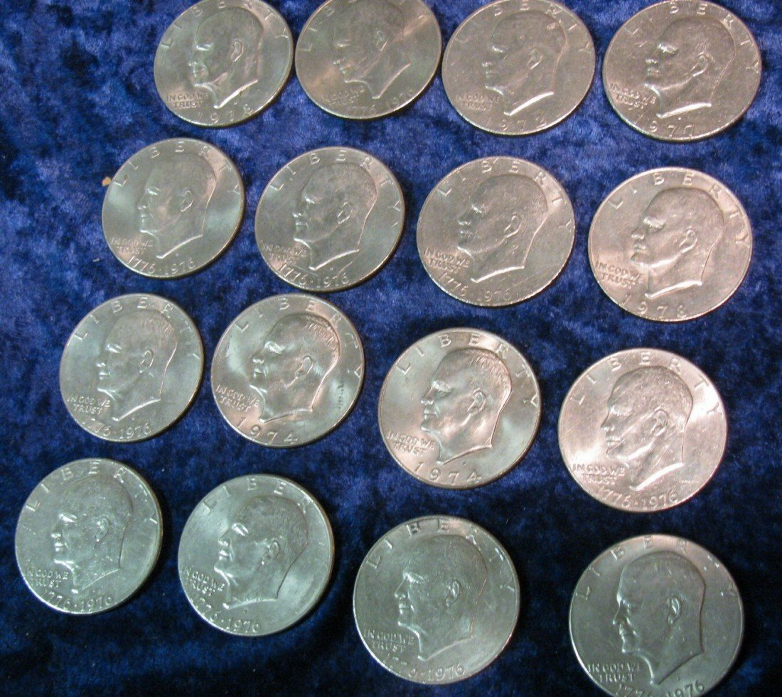 13. (16) Mixed date Eisenhower Dollars. Circulated.