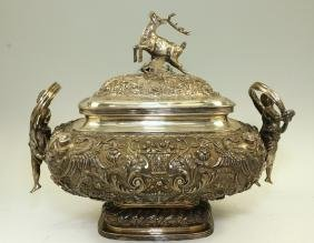 A LARGE STERLING SILVER COVERED SOUP TUREEN. Portugal,