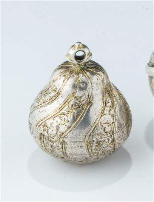 A TRAVELLING SILVER SPICE CONTAINER. Poland, 18th
