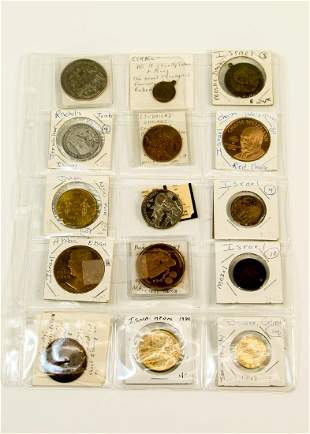 A GROUP OF THIRTEEN JUDAIC AND ISRAELI MEDALS Various