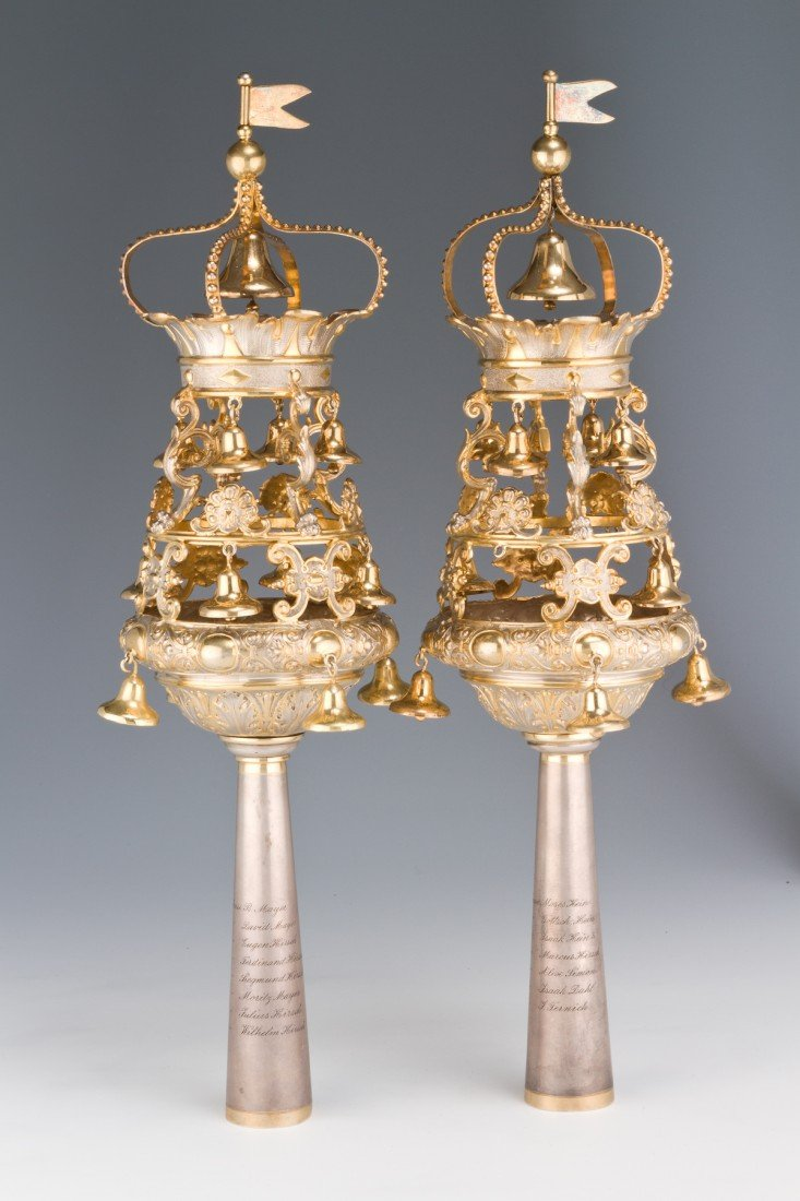15: A PAIR OF LARGE SILVER TORAH FINIALS BY LAZARUS POS