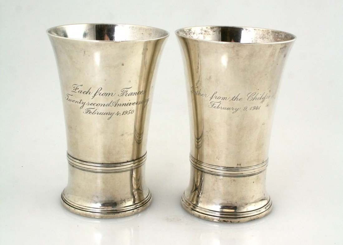 7: A PAIR OF TIFFANY STERLING GOBLETS. New York, c.1940