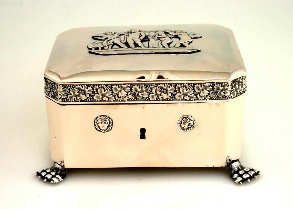 6: A LARGE SILVER BOX. Berlin, 1832.