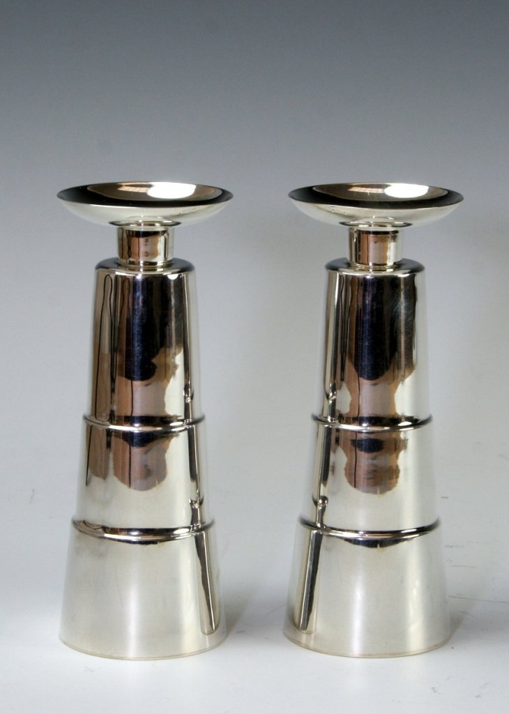 17: A PAIR OF SILVER CANDLESTICKS BY RAFI LANDAU. Jerus