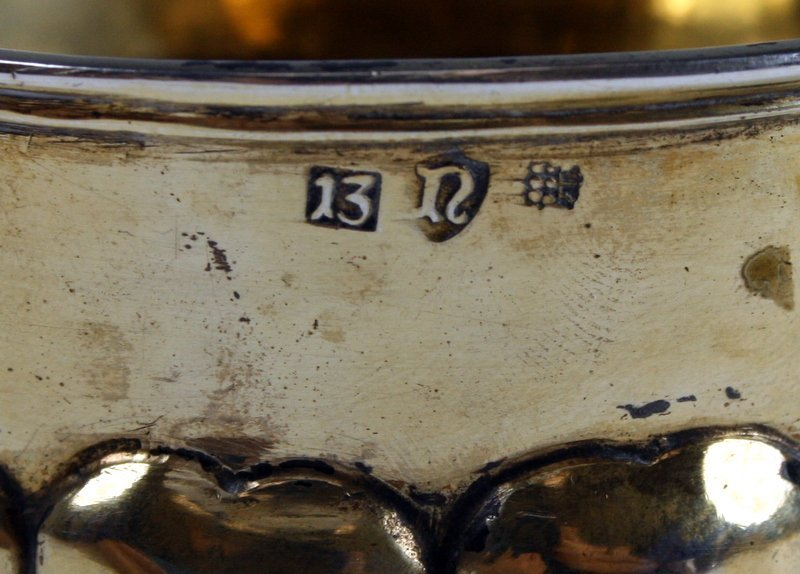 22: A RARE LARGE SILVER GILT KIDDUSH CUP. Germany, Mid - 5