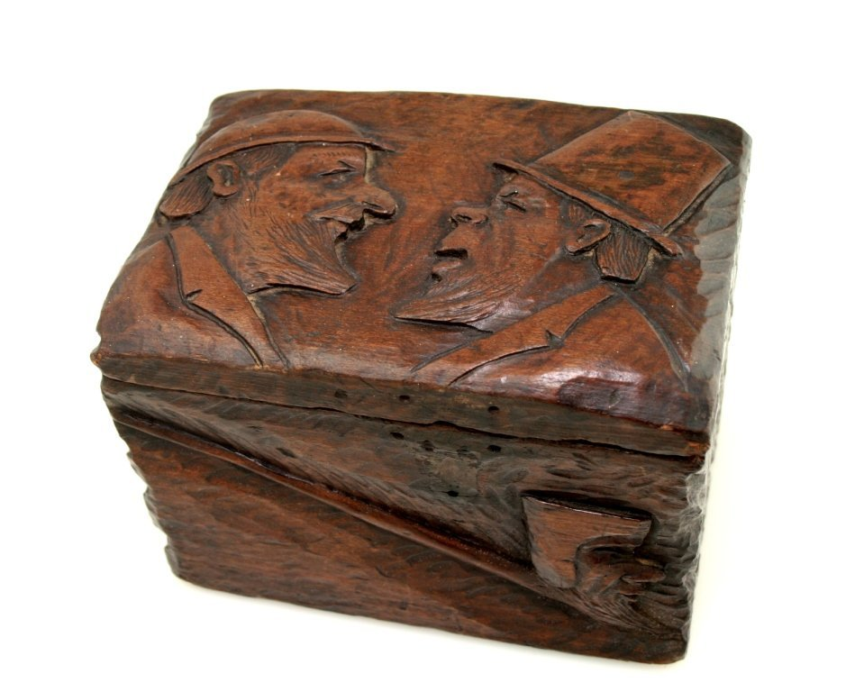 19: A CARVED WOOD ANTI-SEMITIC PIPE BOX. Probably Germa