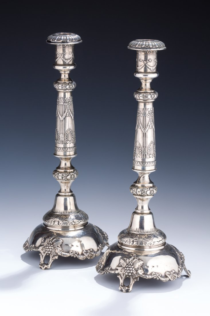 A PAIR OF LARGE SILVER CANDLESTICKS. Warsaw, 1886. On g