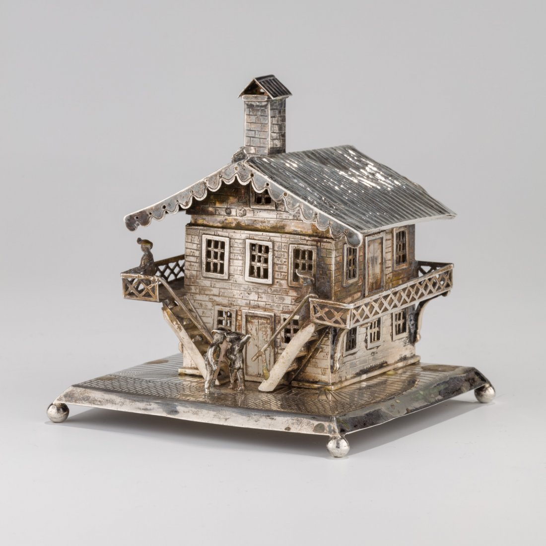 A LARGE SILVER CONTAINER. Dutch, 19th century. In the