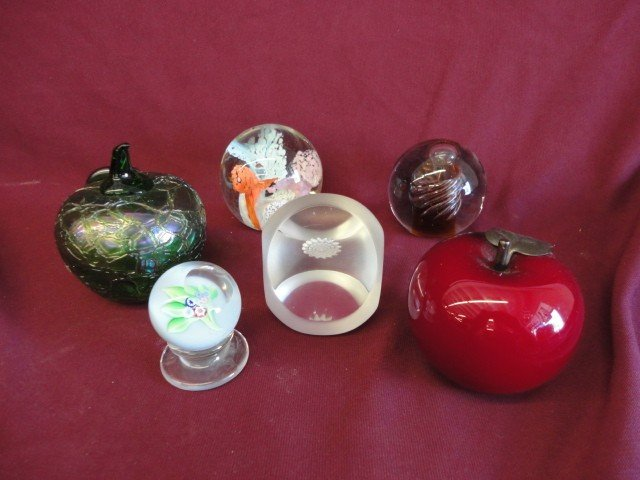 1023: Paperweights, 6, Various Forms and Sizes, Unmarke