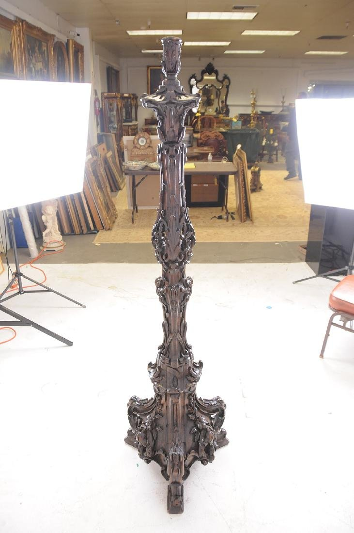ITALIAN BAROQUE CARVED WALNUT TORCHIERE - 4