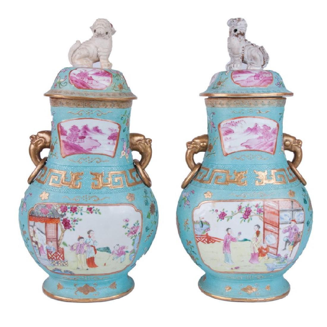 PAIR OF CHINESE EXPORT PORCELAIN COVERED JARS