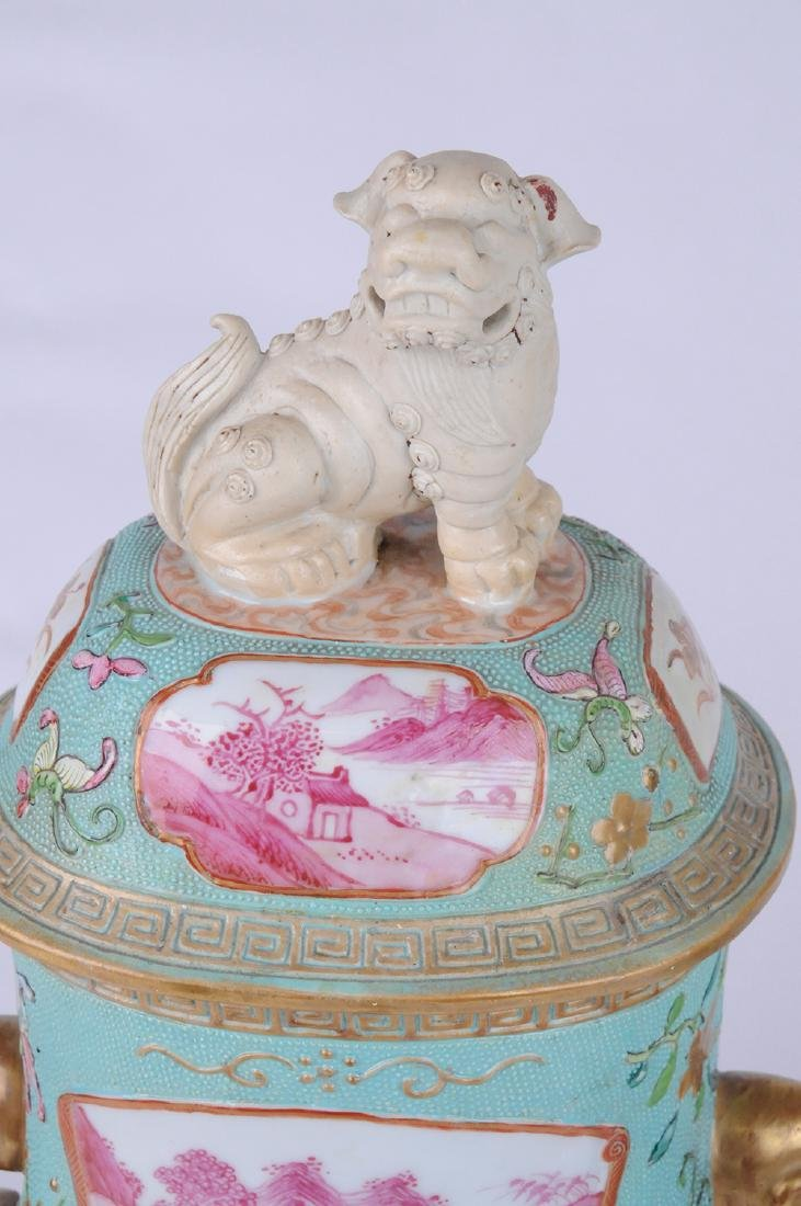 PAIR OF CHINESE EXPORT PORCELAIN COVERED JARS - 6