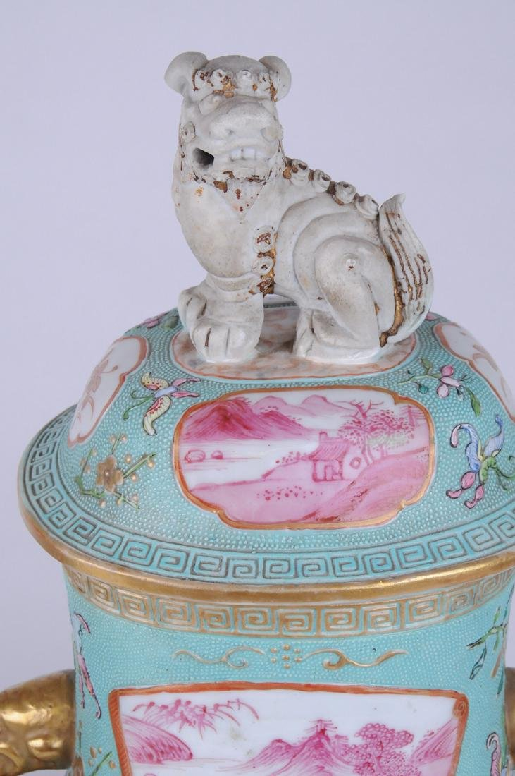 PAIR OF CHINESE EXPORT PORCELAIN COVERED JARS - 7