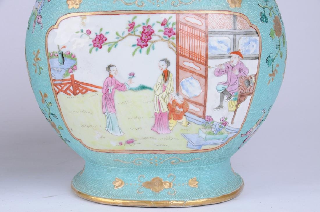 PAIR OF CHINESE EXPORT PORCELAIN COVERED JARS - 8