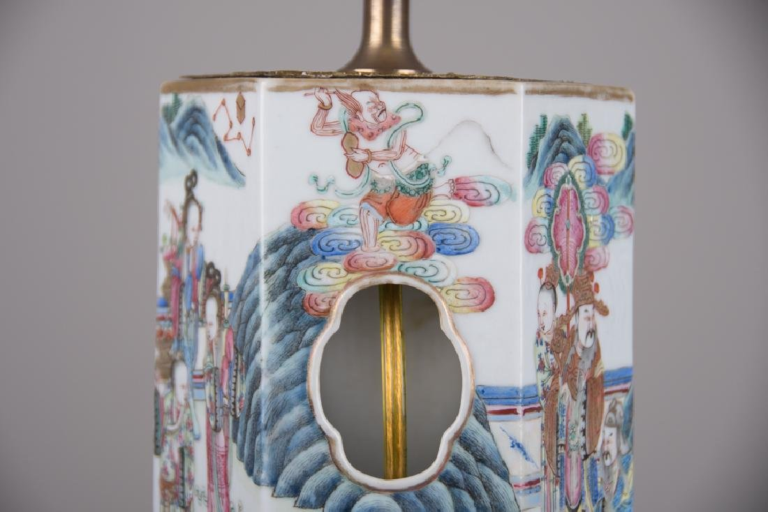 PAIR OF CHINESE PORCELAIN HAT STANDS - 5