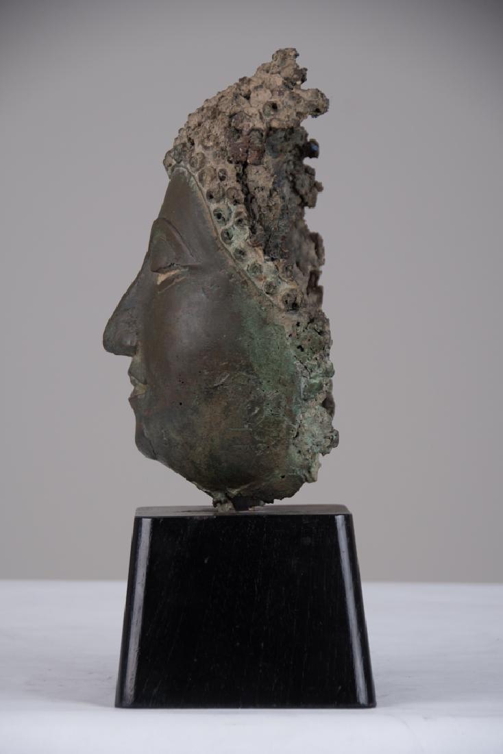 THAI BRONZE HEAD OF A BUDDHA - 2