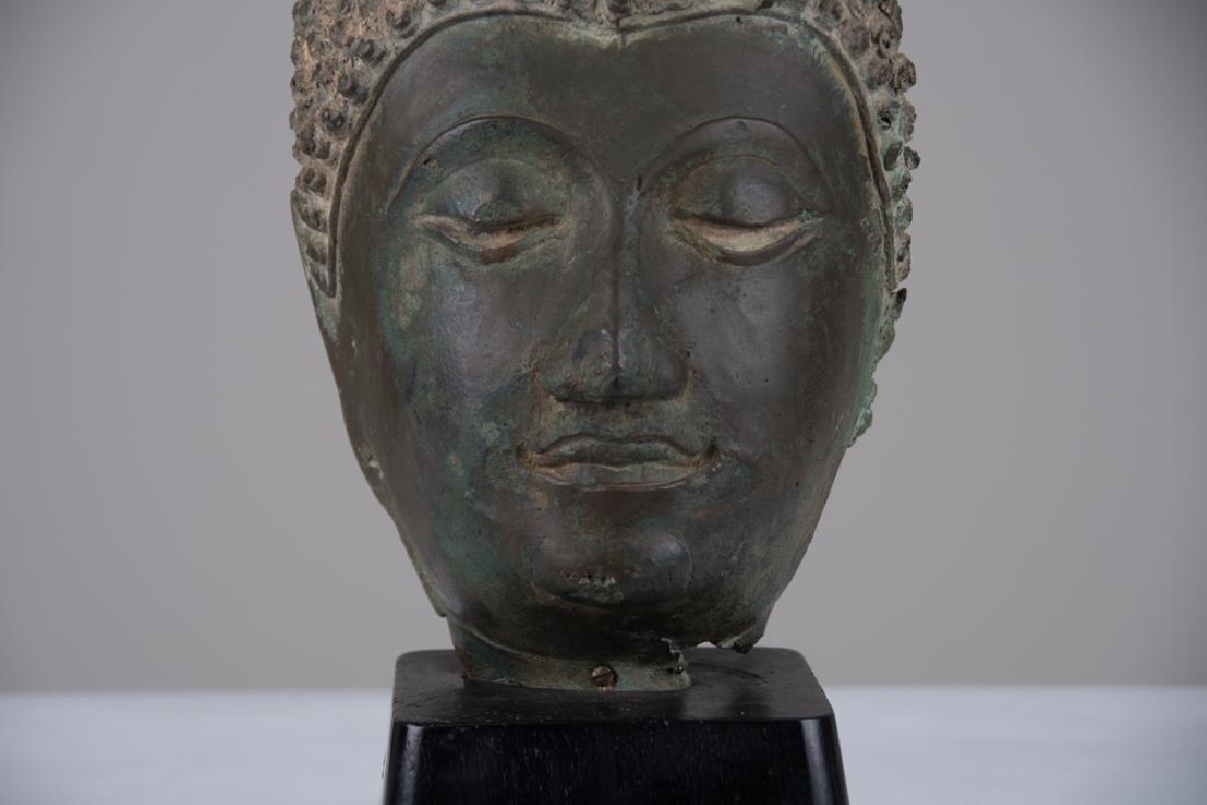 THAI BRONZE HEAD OF A BUDDHA - 5
