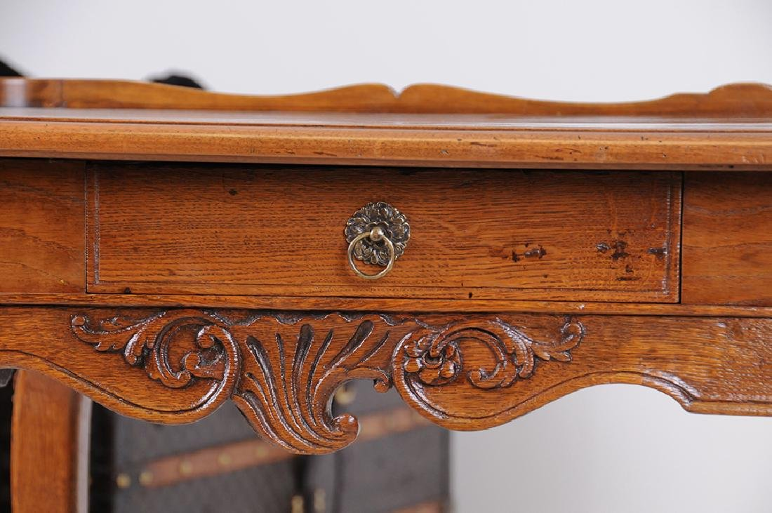 LOUIS XV CARVED OAK WRITING TABLE - 7