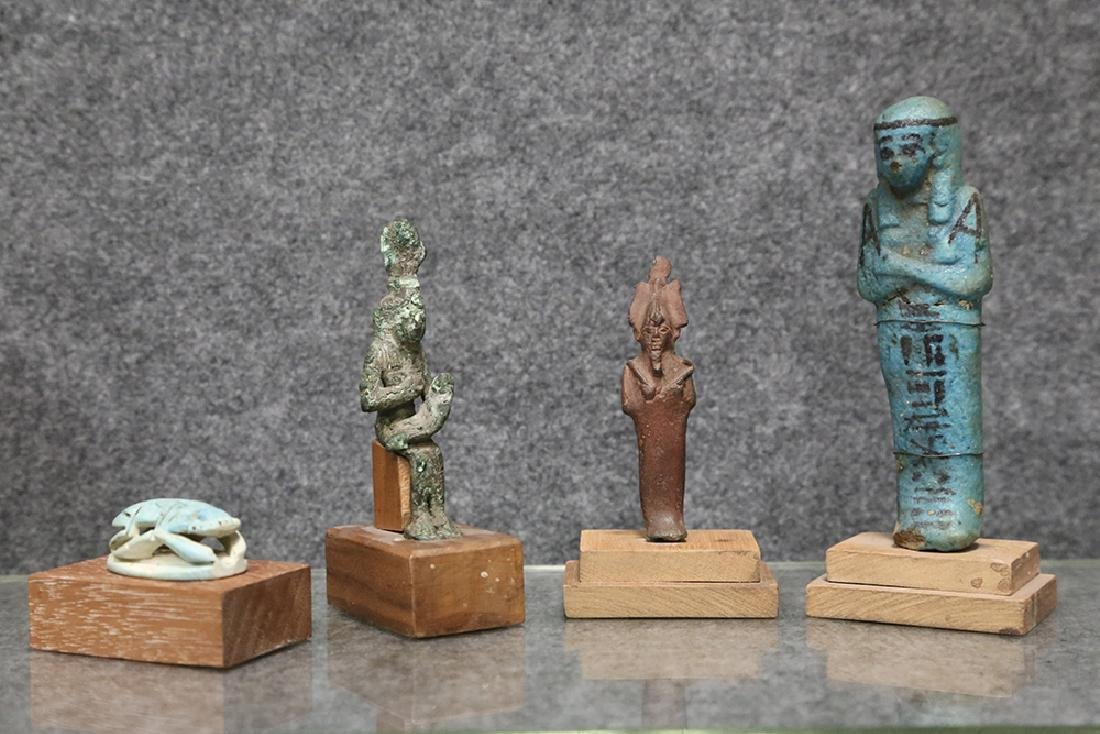 GROUP OF ANCIENT EGYPTIAN PIECES - 9