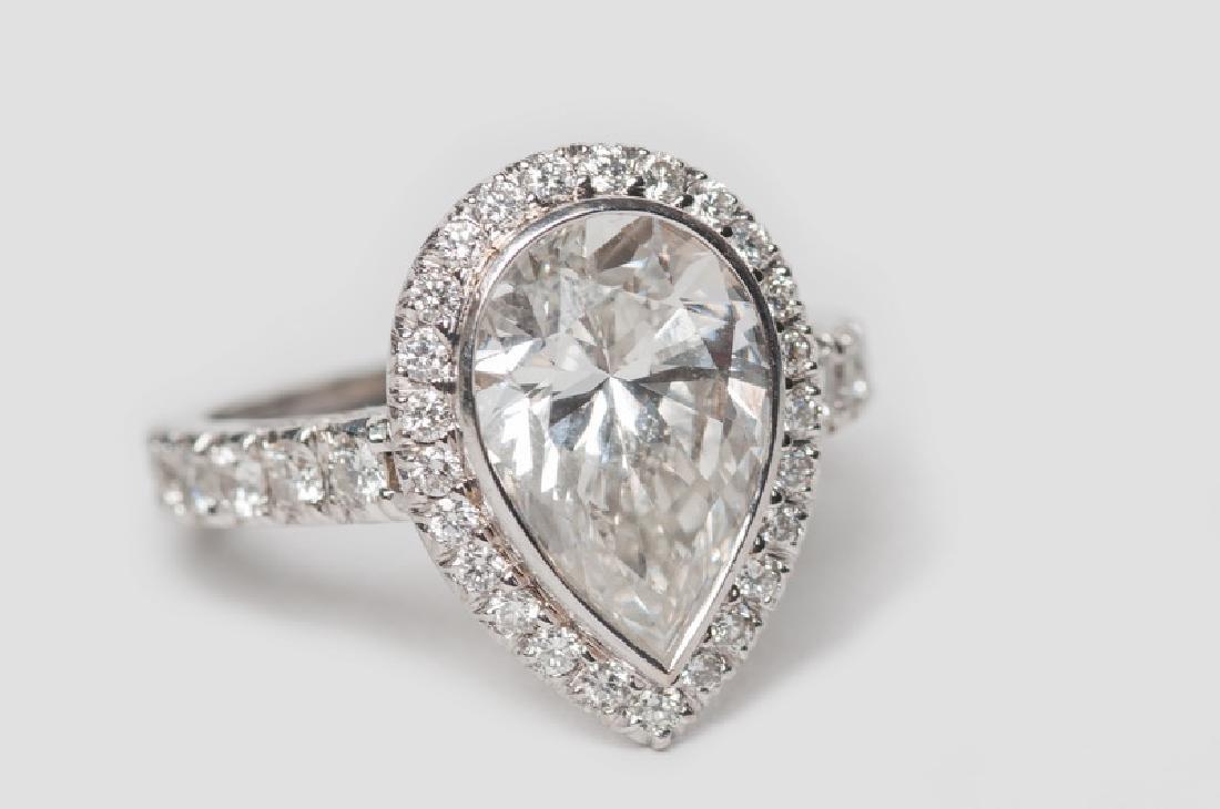 PEPI: 14 KARAT GOLD & DIAMOND RING