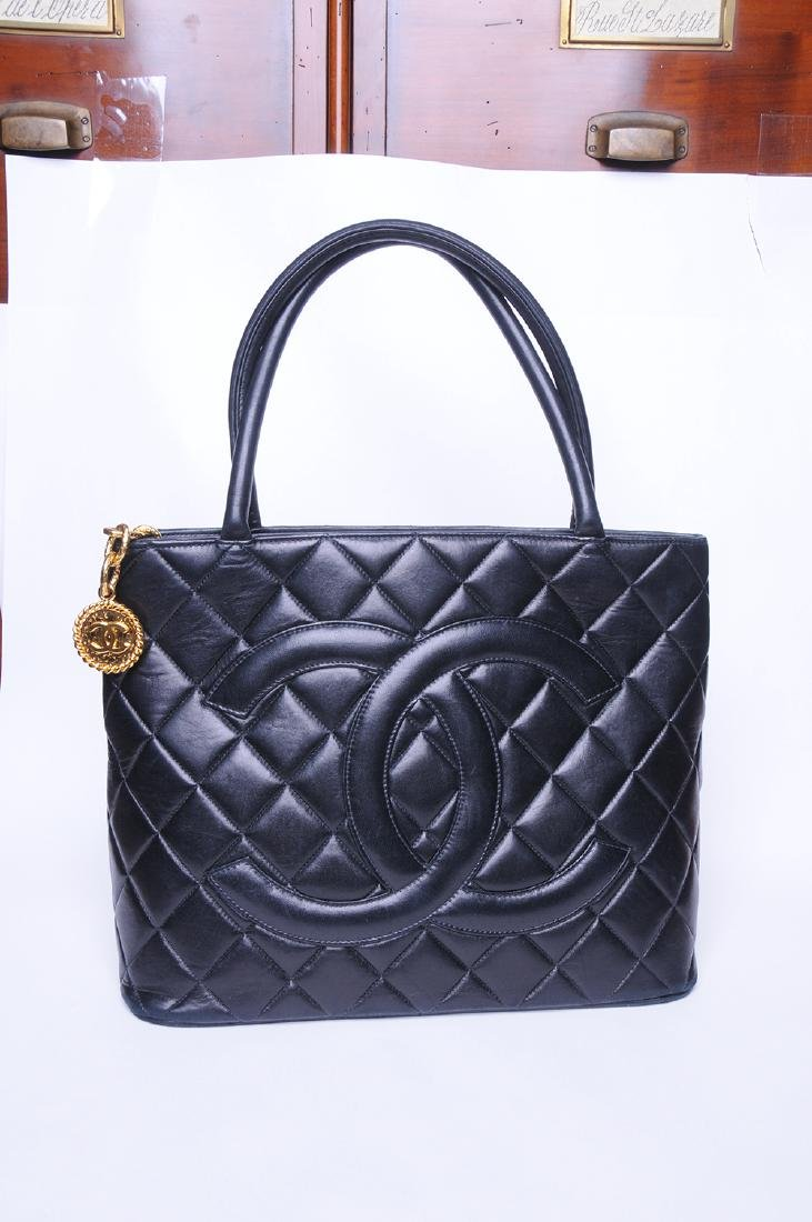 CHANEL: QUILTED MEDALLION TOTE - 2