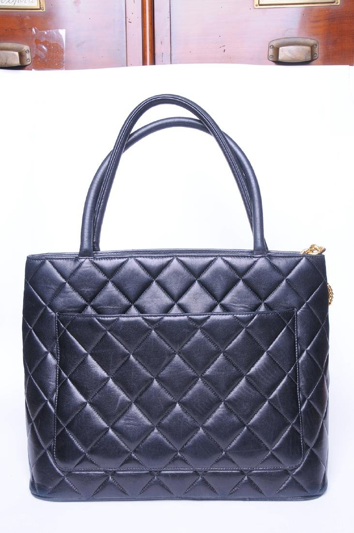 CHANEL: QUILTED MEDALLION TOTE - 5