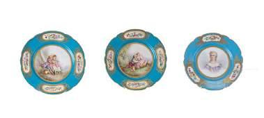 THREE SEVRES PORCELAIN CABINET PLATES